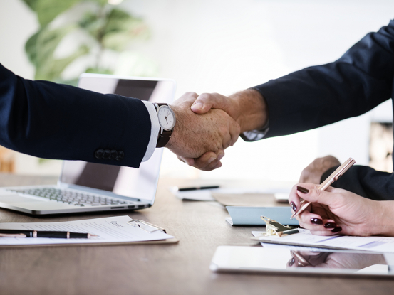 Dohoda o vykonaní práce a dohoda o pracovnej činnosti v roku 2021