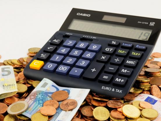 Minimálna mzda v roku 2021 - tabuľka