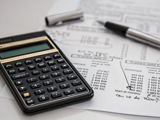Komu sa oplatia paušálne výdavky v roku 2021 (príklady)